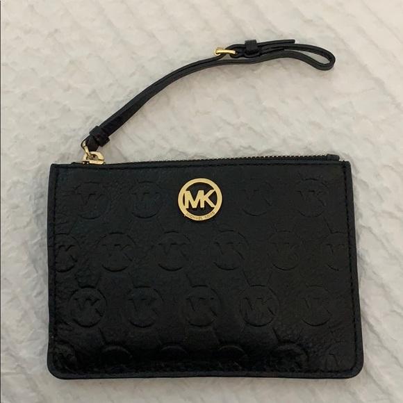 Michael Kors Handbags - Leather Michael Kors Wristlet